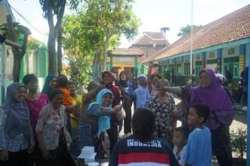 Tidak Takut Diare: ROTATION - Community Development CIMSA UGM thumb